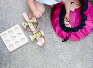 Swoop Bags: the best mom invention to keep toys tidy….