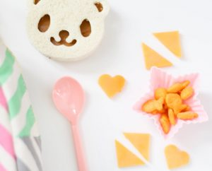 The Best Lunch Tools to make packing kid lunches a breeze!