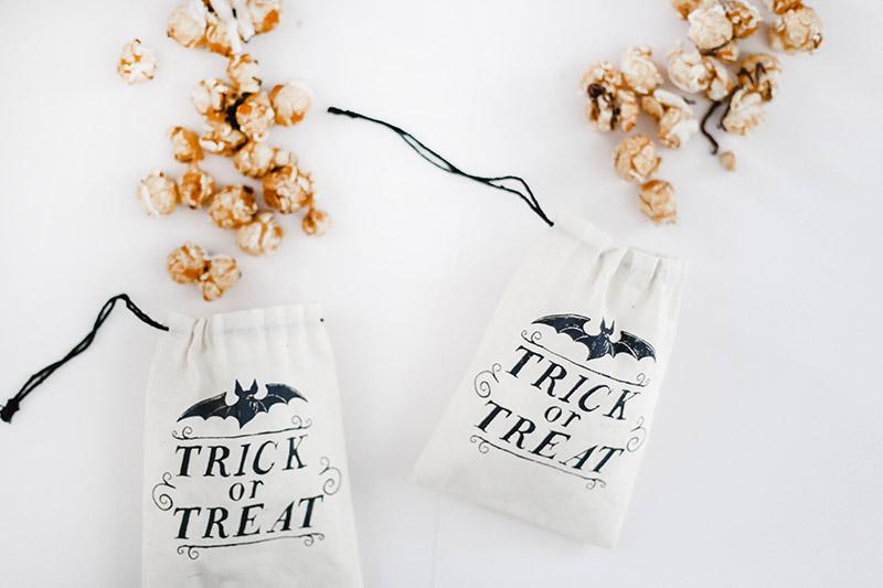 spooky halloween caramel popcorn