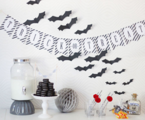 Halloween Party time + a Free Banner & Treat Tags for you to DOWNLOAD